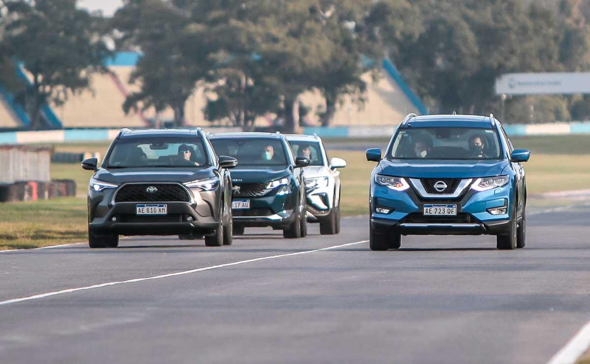 Nissan X-Trail frente y rivales