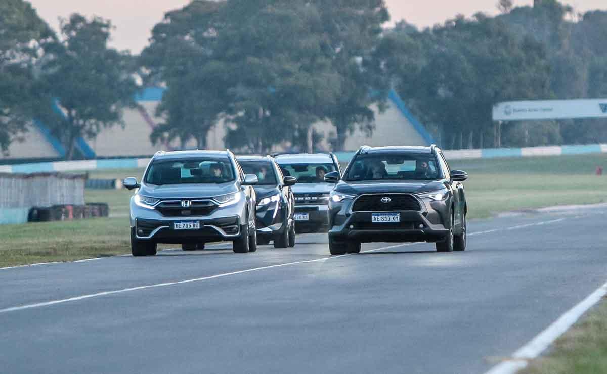 Toyota-Corolla-Cross-frente-a-rivales