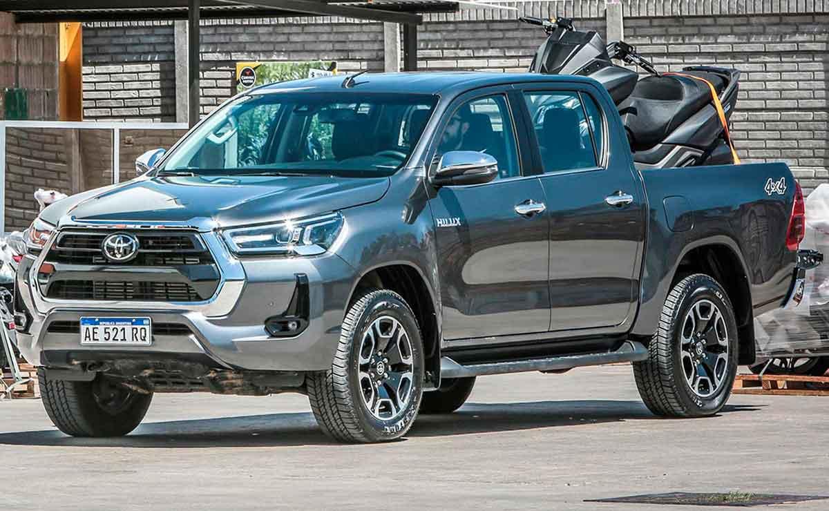 Toyota-Hilux-trompa