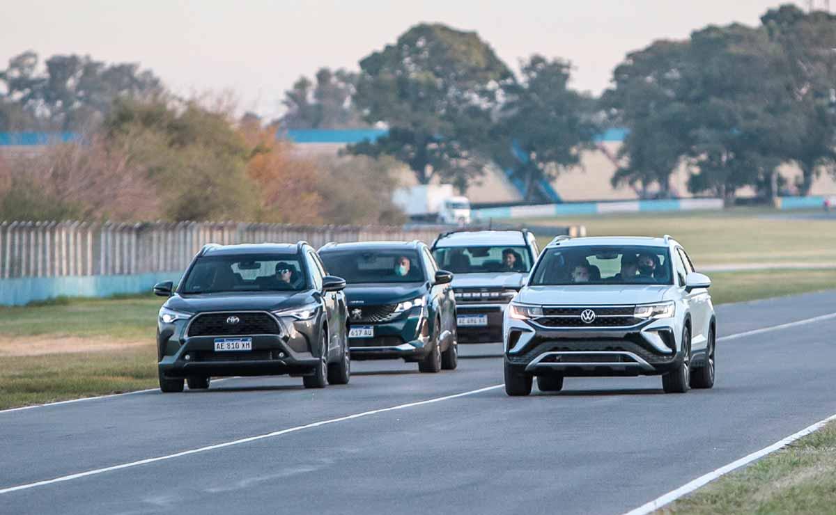 VW Taos frente a rivales