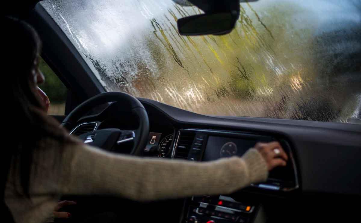 como evitar que se empañen los vidrios de tu auto 2