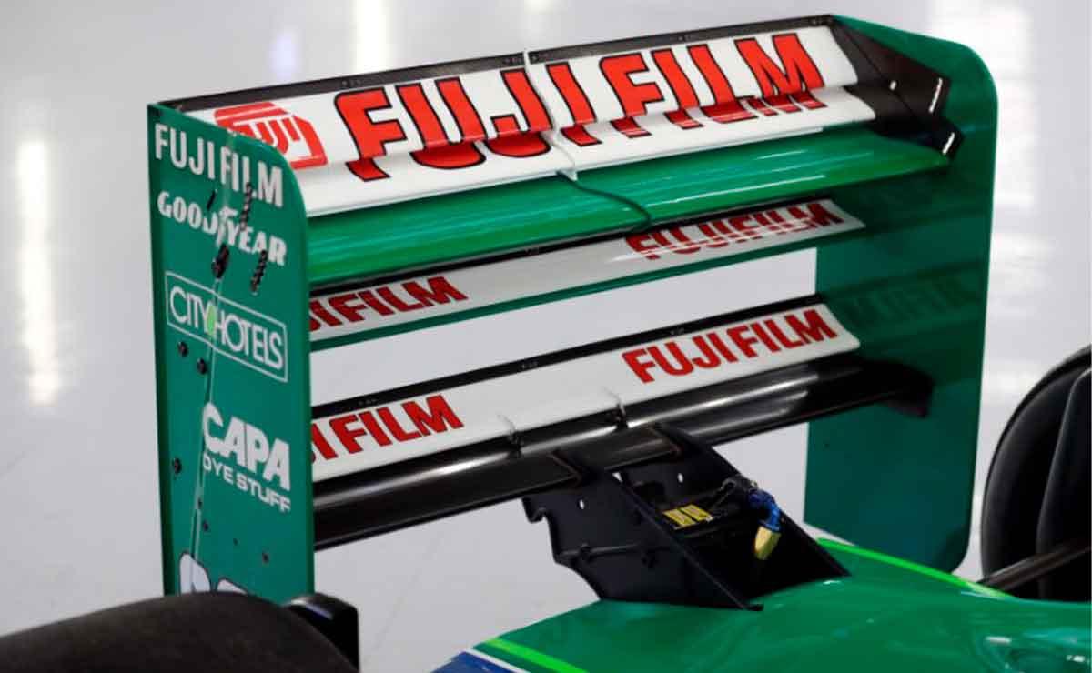 primer-auto-F1-Schumacher-aleron