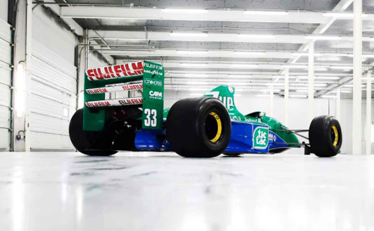primer-auto-F1-Schumacher-atras