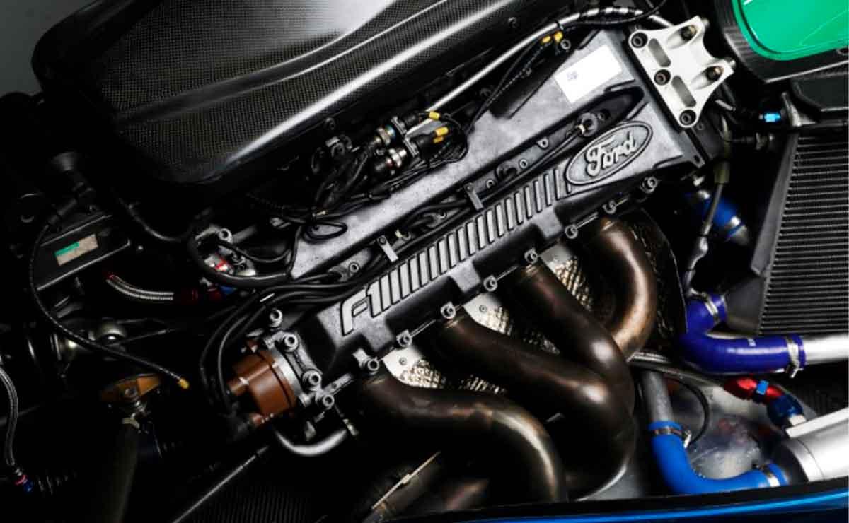 primer-auto-F1-Schumacher-motor