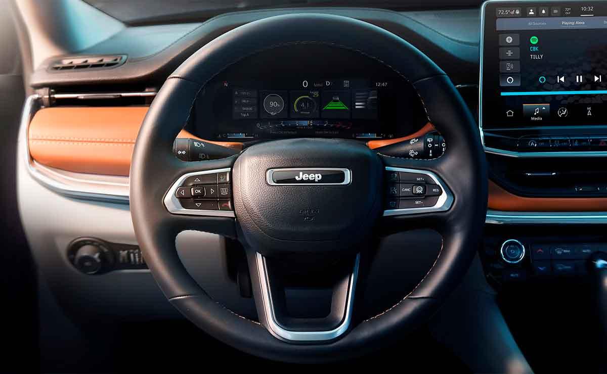 Jeep-Compass-volante