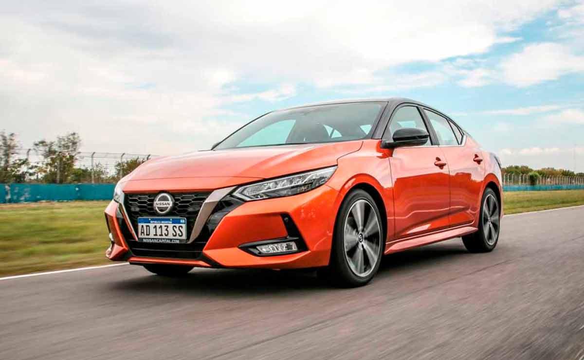 Nissan-Sentra-medianos-mas-rapidos