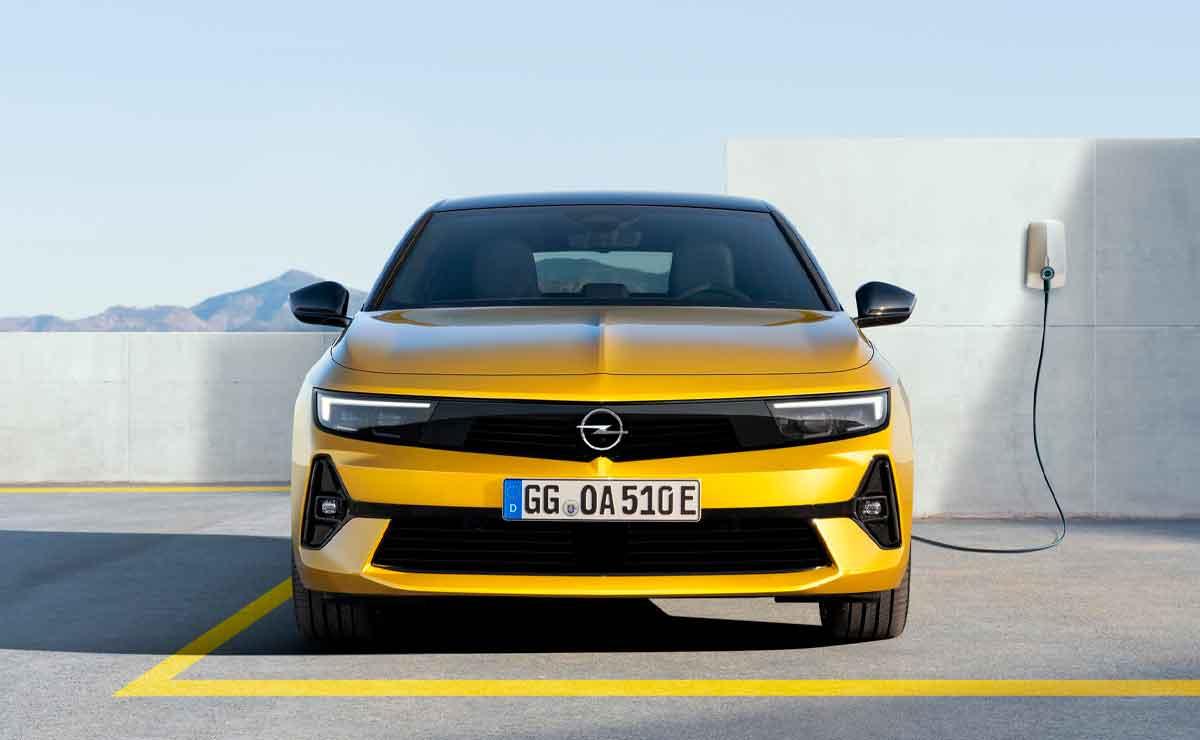 Opel-Astra-trompa