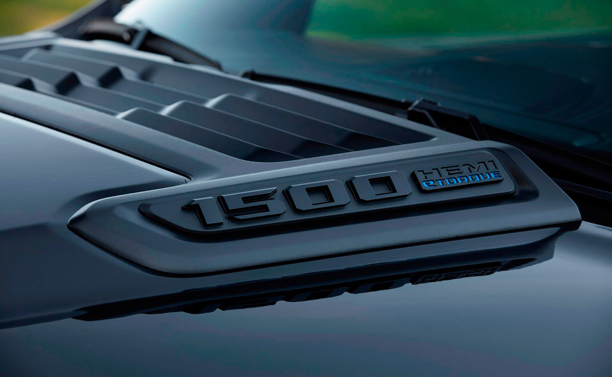 RAM 1500 2022 GT 4