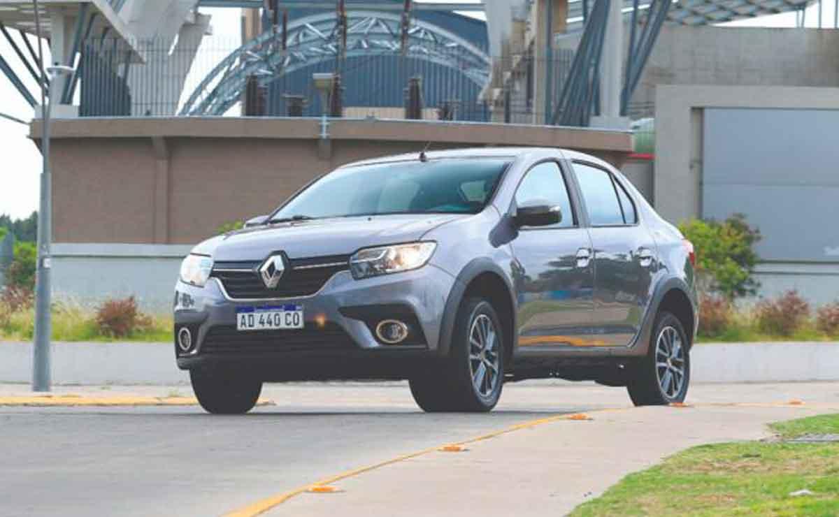 Renault-Logan caja automatica
