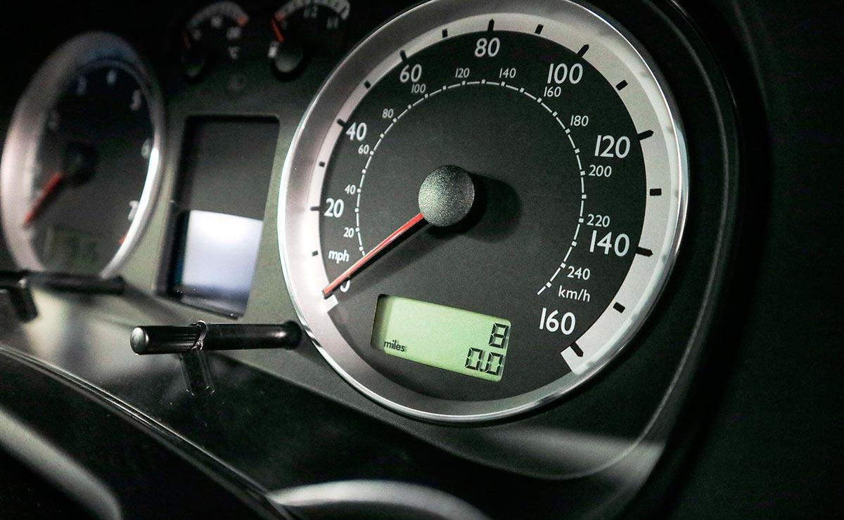 VOLKSWAGEN GOLF GTI 2002 TABLERO