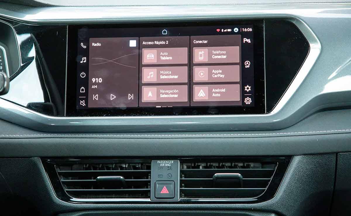Volkswagen-Taos-multimedia