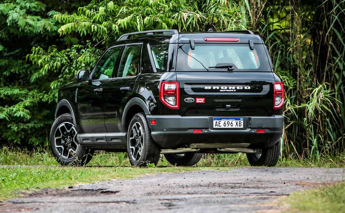 Ford-Bronco-Sport-atras