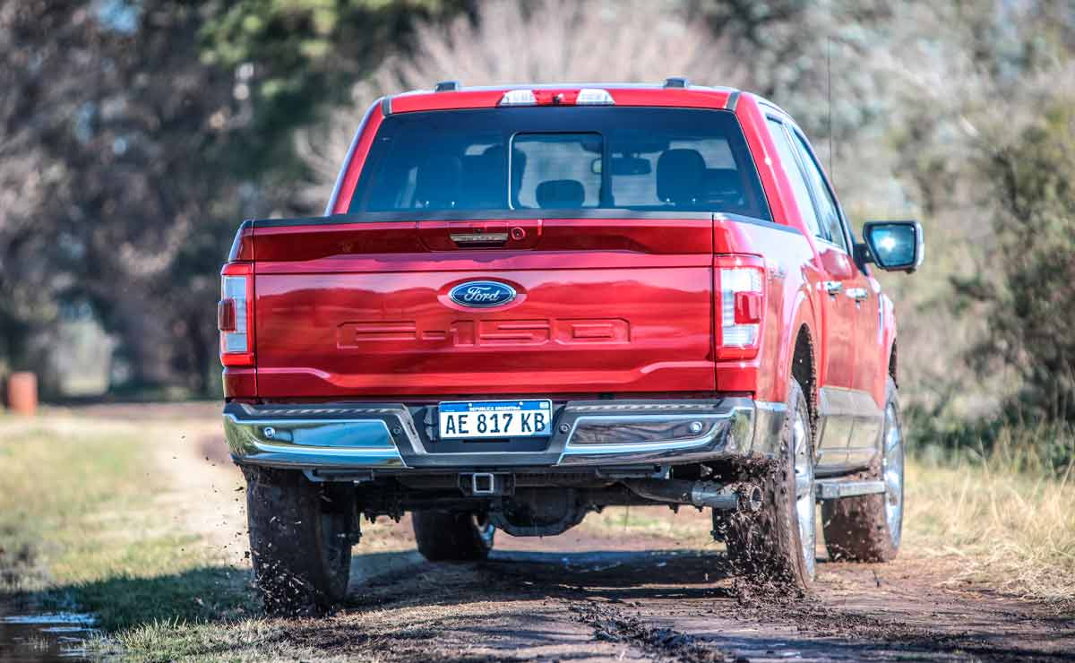 Ford-F-150-cola