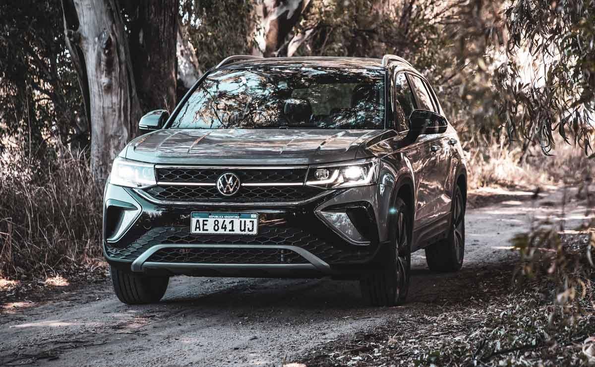 Volkswagen-Taos-trompa-en-el-bosque