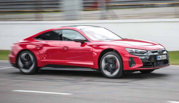 Audi RS E-Tron GT accion