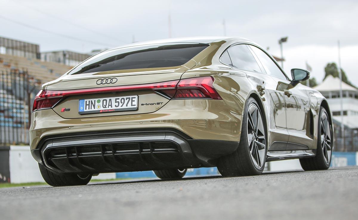 Audi RS E Tron GT trasera