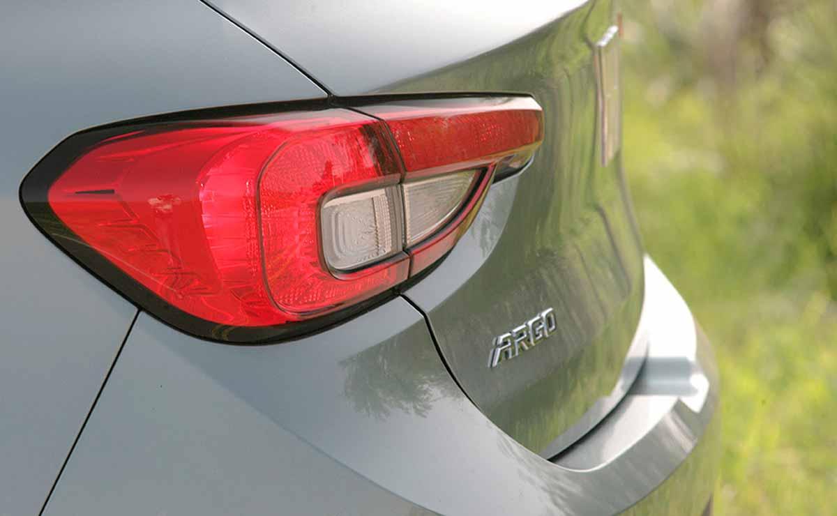 Fiat Argo Precision Pack Premium faro