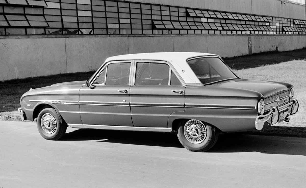 Ford Falcon cola