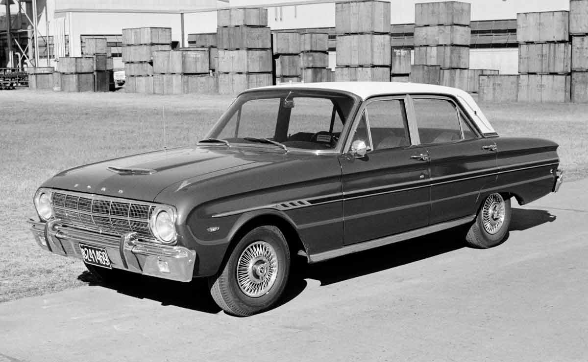 Ford-Falcon-trompa-1