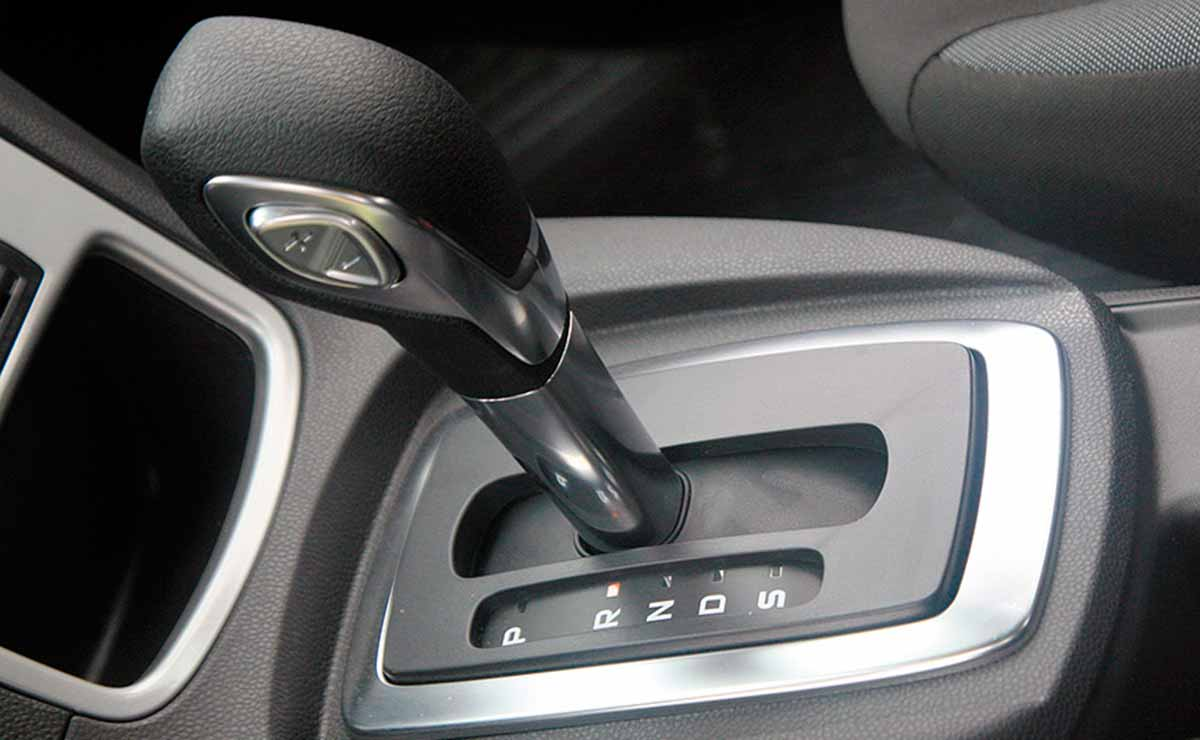 Ford Fiesta SE Plus caja