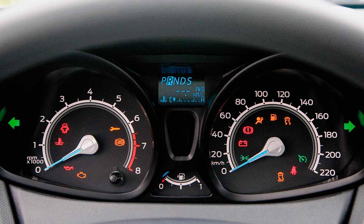 Ford Fiesta SE Plus tablero