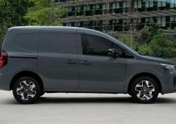 NISSAN TOWNSTAR LATERAL