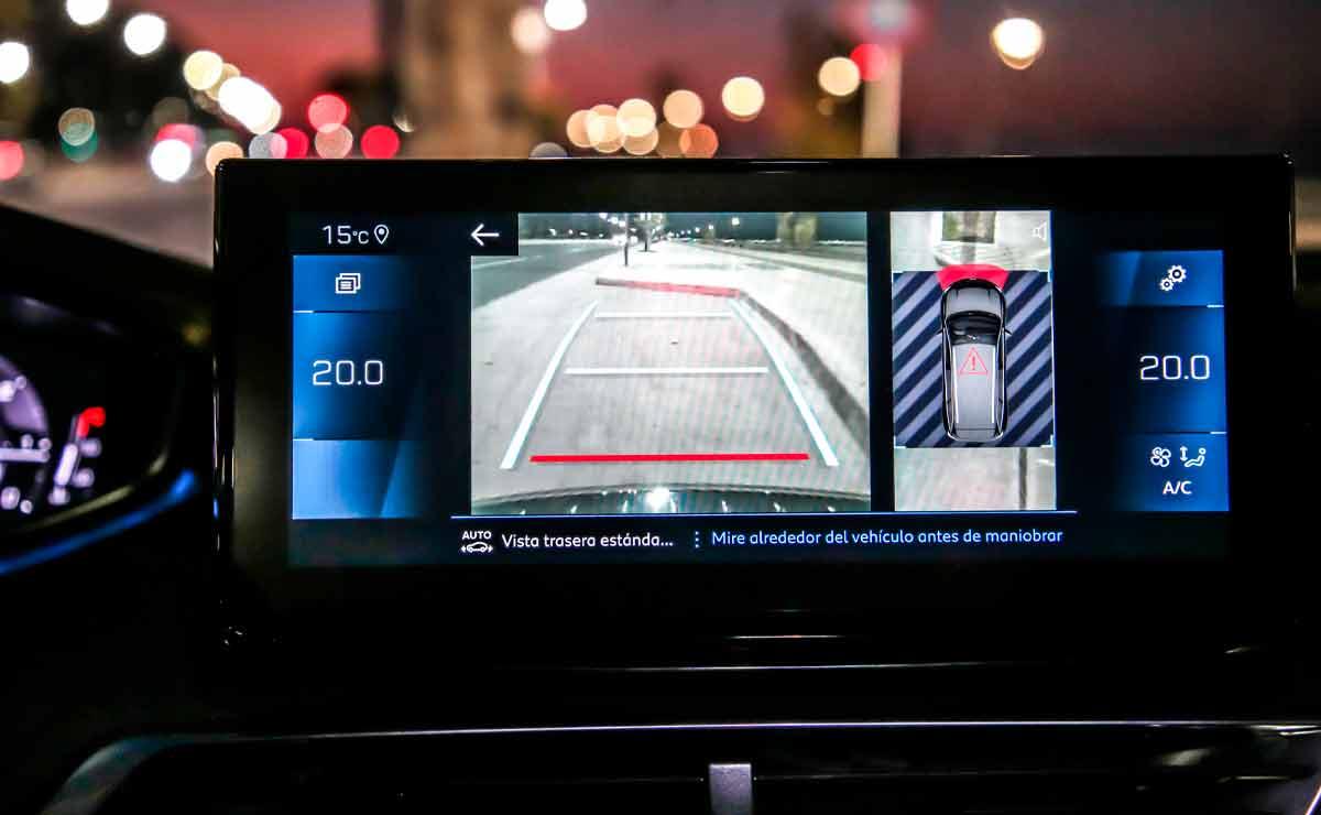 Peugeot-5008-multimedia