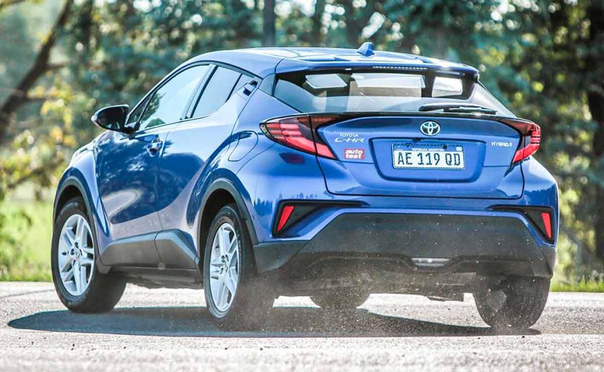 Toyota-C-HR-cola