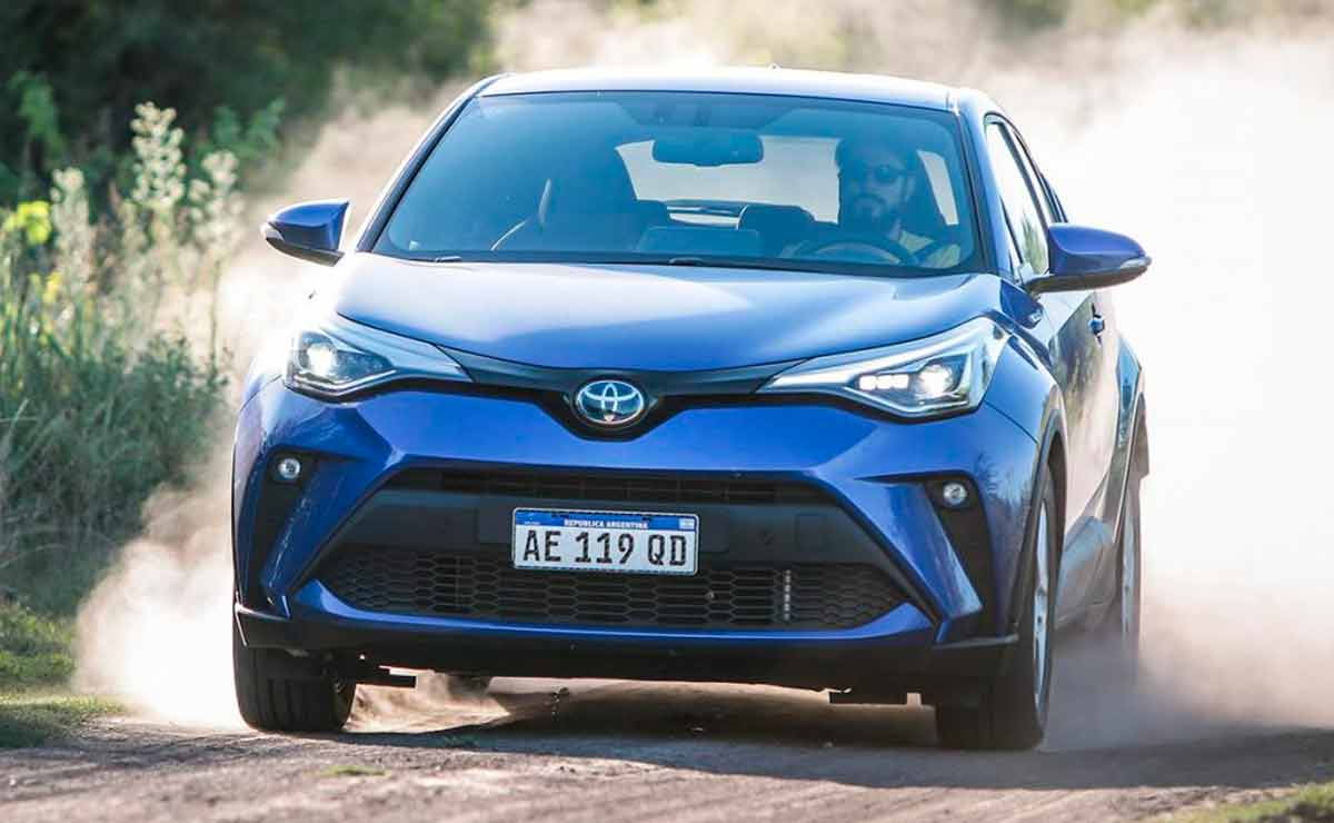 Toyota-C-HR-trompa