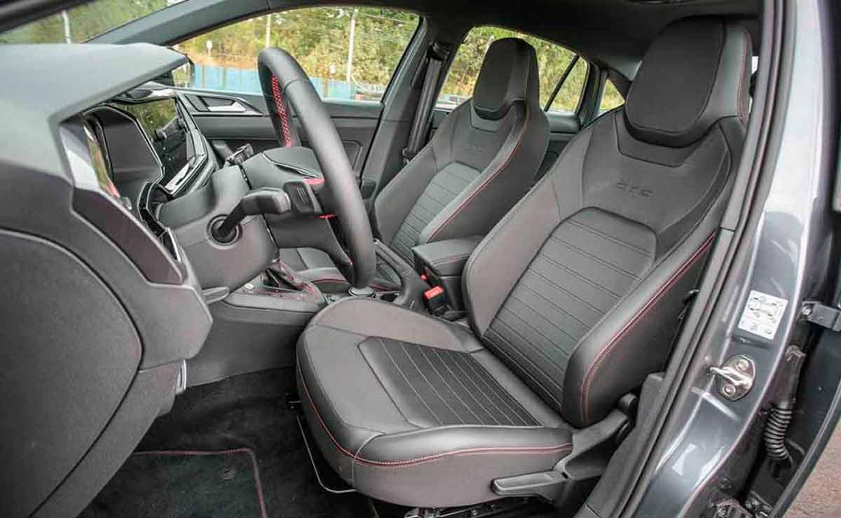 Volkswagen-Virtus-GTS-asiento