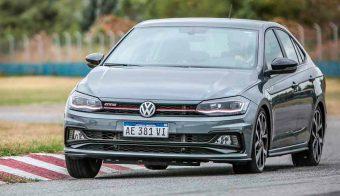 Volkswagen-Virtus-GTS-trompa