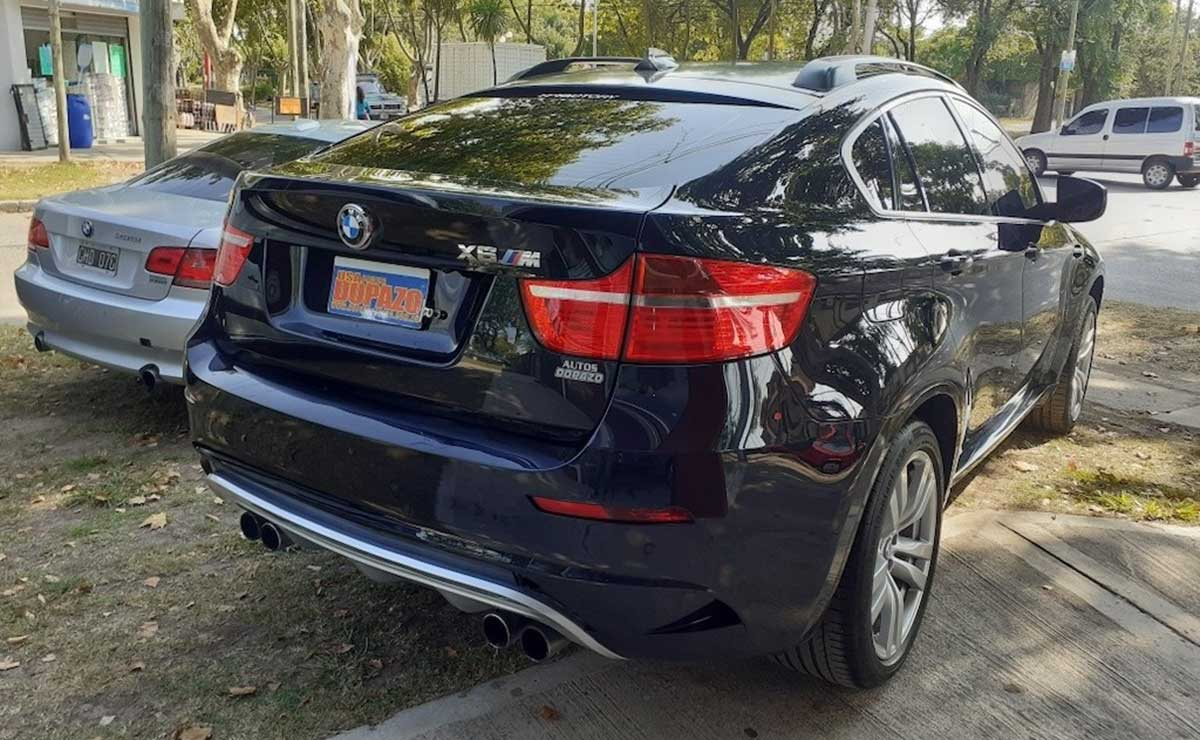 BMW X6 MESSI TRASERA