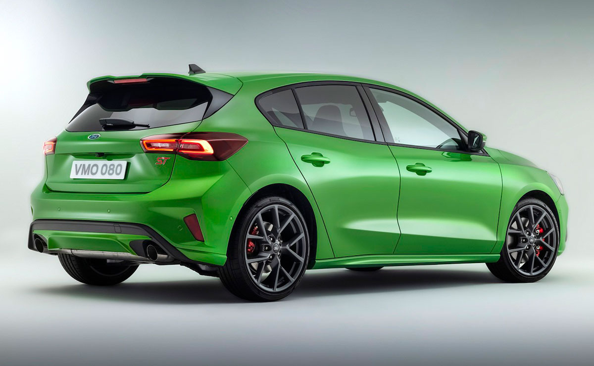 FORD FOCUS ST 2022 TRASERA