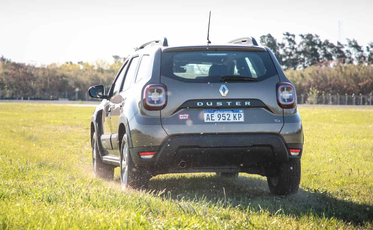 Renault-Duster-Outsider-cola